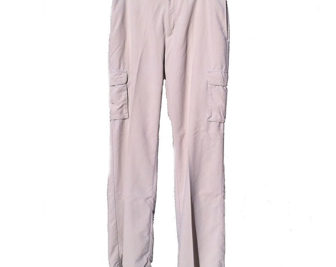 34W x 32L Duluth Trading Co Lightweight Nylon Cargo Pants
