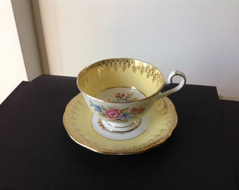 Vintage Queen Anne Teacup Gold and Yellow Floral 1940s England