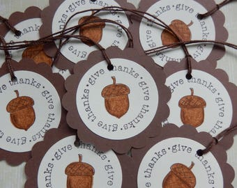 Give Thanks - Acorn Tags - Round - Scallop - Happy Thanksgiving Tags (10)