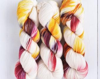 Hand Dyed Tough Sock Yarn - Cenderawasih