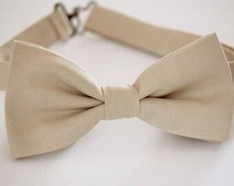 Champagne bow tie, tan bow tie, mens bow tie, groom bow tie, groomsmen bow tie,wedding bow tie, ring bearer bow tie, boys bow tie, beige tie