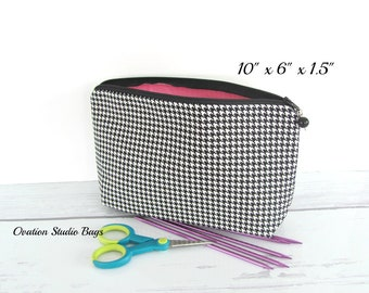 Knitting needle storage case, zippered case, Makeup bag, notions pouch for knitters, crochet hook case, knitting accessories