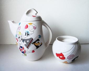"Stylish porcelain ""Peace"" tea/coffee pot and sugar bowl  (#EV244)"