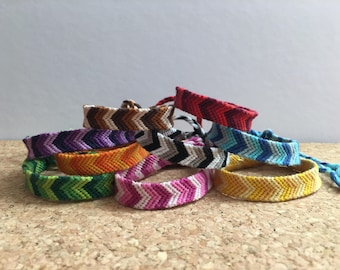 Monochromatic chevron Friendship bracelet