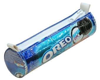 Oreo wrapper upcycled pencil case, FREE SHIPPING, Pencil pouch, pencil holder bag, crayon case, zipper pencil case, Upcycled recycled
