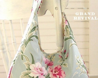Reversable Flea Market Tote Bag Purse Pattern Tanya Whelan Grand Revival