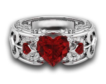 RED CRYSTAL HEART Ring Size 11 Womens