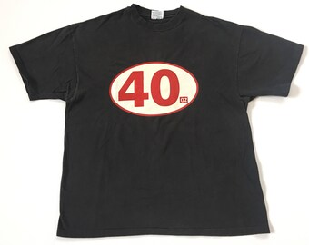 1990s 40 OZ MALT LIQUOR Distressed Vintage T Shirt Size // Xlarge