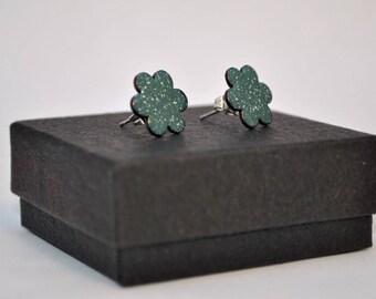 Dark green, speckled flower enamel stud earrings