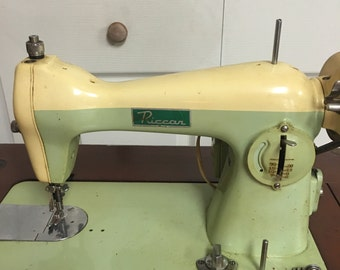 1950 Model 15 Riccar Sewing Machine, Vintage Sewing Machine, End Table, Night Stand, Shabby Chic
