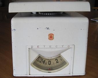 Detecto Kitchen Scale, 25 lb Capacity, Made Brooklyn, NY, USA, Bookshelf Decor, Industrial Decor, Home Decor, Vintage