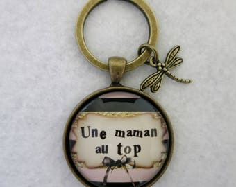 """The best MOM"" keychain"