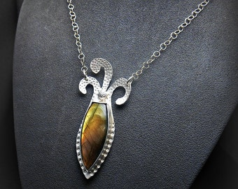 Sterling Silver Jester Pendant with Shield Shaped Labradorite Stone Cabochon