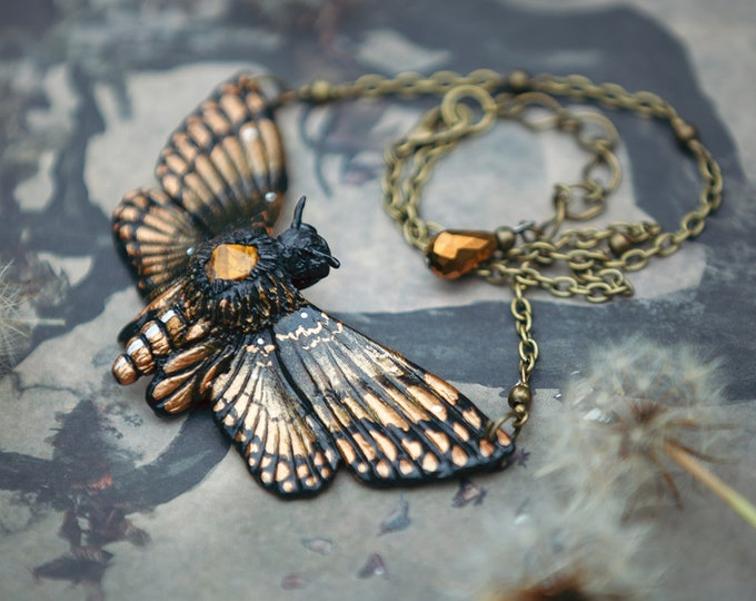 Crystal Moth with Tiger eye