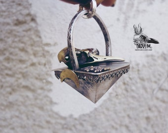 The kingdom of the dead. Rock quartz pyramid pendant in 925 silver crow skull