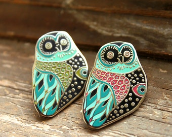Mystic Owl Enamel Pin - Green or Pink