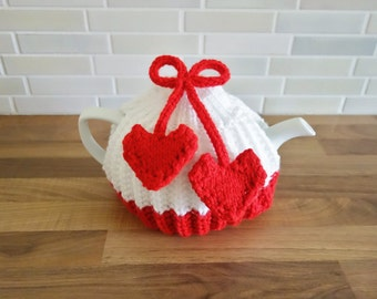 Red and White Tea Cosy - Heart Tea Cozy - Medium Tea Cosy - Valentines Tea Cosy - Love Tea Cosy (MADE TO ORDER)