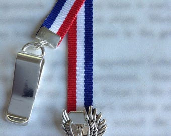 Eagle Bookmark / Military Bookmark / America Bookmark - Attach clip to cover then mark page with the ribbon. Never lose your cute bookmark!