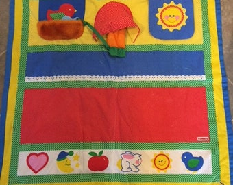 Vintage 1985 Playskool Fold N Go Baby Activity Play Mat Blanket Quilt Mirror