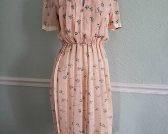 Vintage pink, floral print, pleated dress