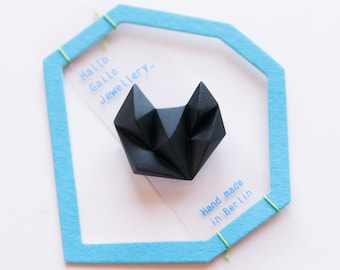 Black minimal geometric triangle brooch