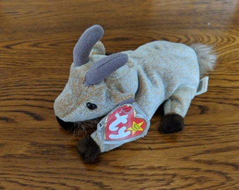 Goatee beanie baby with multiple tag errors