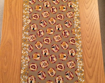 Thanksgiving Owl Pilgrim/Turkey Table Runner