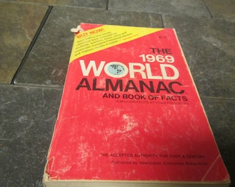 1969 The WORLD ALMANAC and Book of Facts * Published by New York World-Telegram