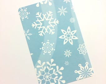 Blue & White Winter Snowflakes - Travelers Notebook Laminated Dashboard - POCKET/FIELD NOTES