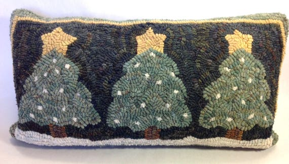 "Rug Hooking PATTERN, Three Snowy Pines, 10"" x 20"", J559, Primitive Rug Hooking, Folk Art DIY Rug Pattern"