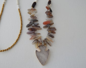 Crystal quartz arrowhead necklace with agate spikes,howlite,and golden hematite, beach chic, bohemian style, beach boho, neutral color