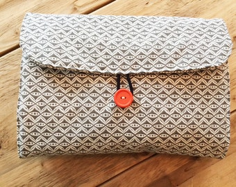 Travel Changing Pad - Diapering on the Go - Grey Design