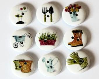 12 Garden Print Buttons - 18mm Wood Buttons - Round Wooden Button - Garden Tools - Garden Flowers - Wheelbarrow - White Buttons - PW164