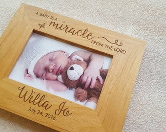 Personalized Baby Picture Frame, Personalized Baby Frame, Newborn Gift, Engraved Newborn Gift, new baby, gift for baby, Baby Shower Gift