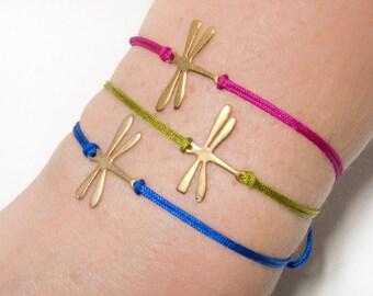 Dragonfly bracelet, Delicate Dragonfly Bracelet, Gold Dragonfly Bracelet, Dragonfly Jewelry, Personalized Bracelet, custom dragonfly