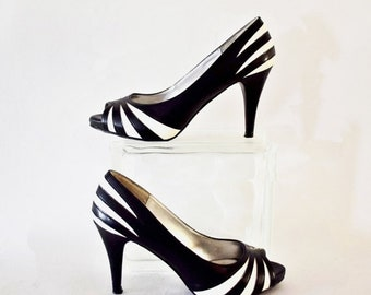 Memorial Day Sale Vintage 1980's Daisy Fuentes Black and White Striped Peep Toe Pumps with Stiletto Heels Size 7M