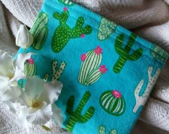 "Eco Friendly Bag, Fabric Baggie, Reusable Snack Bag, Reusable Sandwich Bag, Fabric Pouch, Party Favor, ""Cactii Everywhere!"""