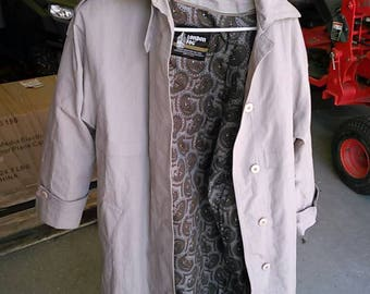 Vintage 1980's Ladies London Fog Trench Coat. Size 4. Made in U.S.A.