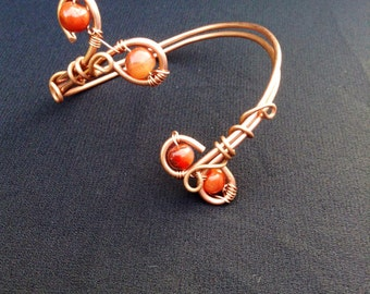 Carnelian and copper wire cuff, adjustable bracelet, healing crystal jewellery, carnelian bracelet, gemstone cuff