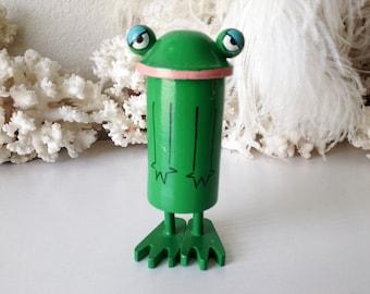 Vintage Popsie frog rare Pride Creations novelty Happy Birthday Princess pop up figure retro Japan wooden toy pop up doll figurine