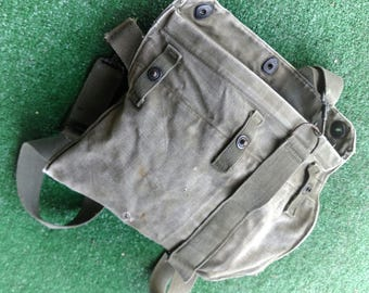 Vintage U.S. Army Haversack Protective Mask was used during WW2  Great for Steampunk Attire Messenger Arsenal infantry WW  Re-Enactments