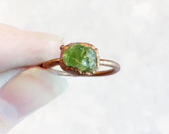 Raw Peridot Ring | Raw Stone Ring | Raw Stone Stacking Ring | Raw Crystal Gemstone Ring | Peridot Crystal Ring | Electroformed Copper Ring