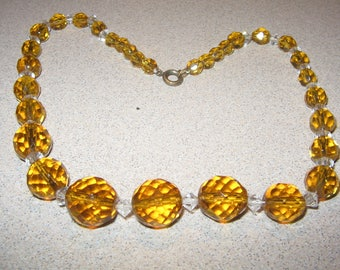 Old Glass Bead Necklace Vintage Costume Jewelry #2186