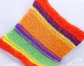 Chuckles Wool Felted Hot Pad/Trivet, Kitchen Decor, Hand Knitted, Insulator, Potholder, Hostess Gifts, Soft and Thick, Knitted Goods
