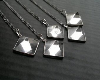 Clear Quartz Pyramid Necklace Silver Stone Necklace Geometric Necklace Silver Clear Quartz Pyramid Pendant Quartz Jewelry Pyramid Jewelry