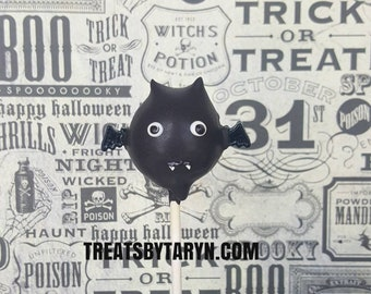 Bat cake pops. Witches cake pop. halloween cake pops. Halloween cake pop. Halloween treat. Halloween goodies. Halloween party. Vampirina