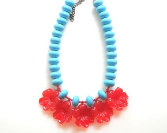 Red Flower Necklace, beaded Aqua Necklace, Turquoise Hippie Necklace Retro jewelry Summer Necklace