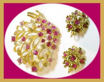Vintage Fuchsia and Gold Pin & Earrings