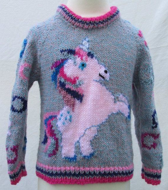 Handmade knitted unicorn jumper eHFIfY