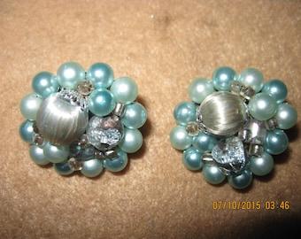 Vintage TOTALLY BEAUTIFUL 50's Japan Silvery & Pastel Aquas/Blues Cluster Bead Clip Earrings .. ...7902